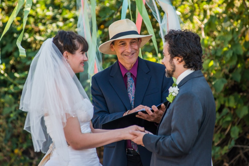 lopez island officiant wedding