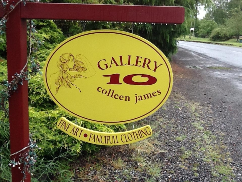 Gallery 10 Fine Art & Fanciful Clothing